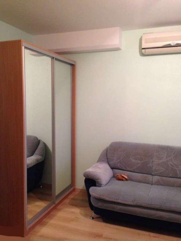 2 комнатная квартира на Донской