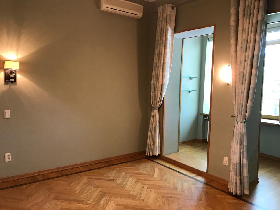 просторная квартира в центре Сочи